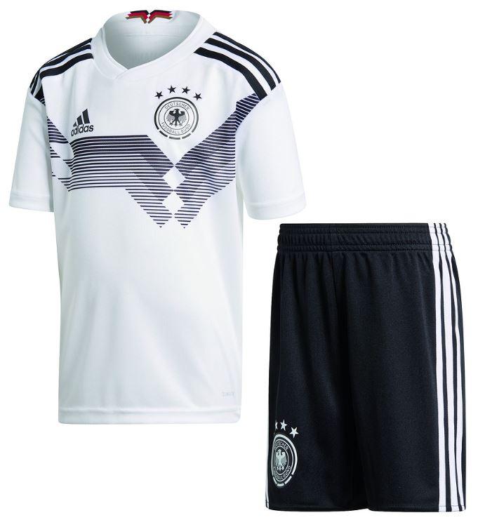 Das deutschland minikit 2018 zur Fußball WM 2018